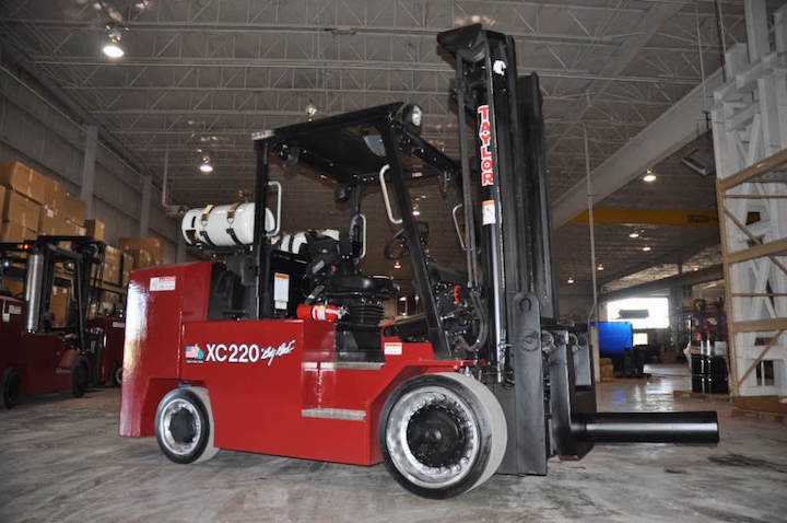 XC-220S Cushion Tire Forklift