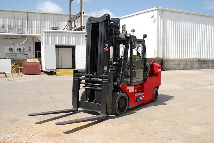 XHC-250S Cushion Tire Forklift